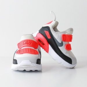Nike Infant/Toddler Air Max Tiny 90 Sneaker